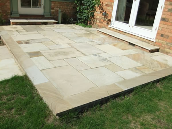 Paving Patios For Gardens And Homes In Aylesbury